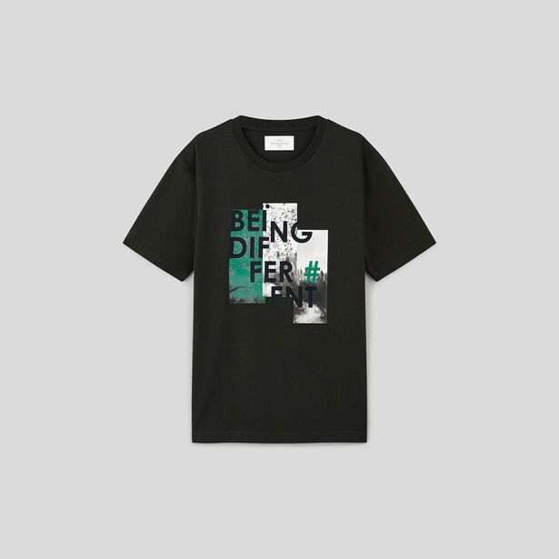 Tee shirt col rond imprimé being different