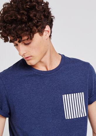 T-shirt tinta unita collo rotondo con taschino