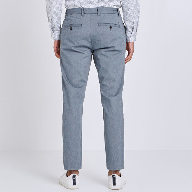 Chino slim matière reliefe