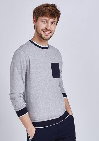 T-shirt met lange mouw, ronde hals, met zak
