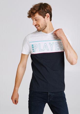 Colorblock T-shirt met opschrift op de borst