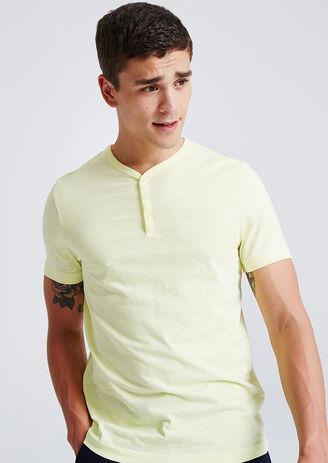 T-shirt met korte mouw en knooplijst