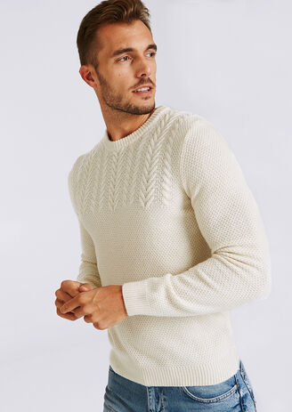 Pull col rond uni maille tricot torsadée