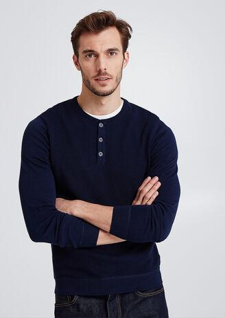 Effen trui met knooplijst