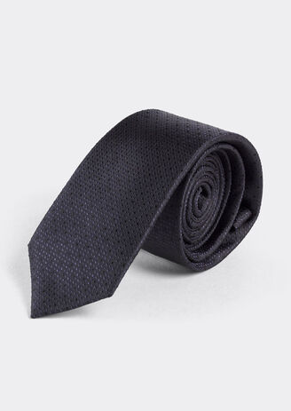 Cravatta in 100% seta blu marine