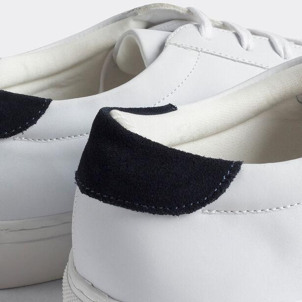 Basket basse lisse semelle blanche