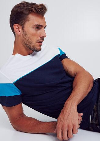 Colorblock T-shirt met deelnaad aan de mouw
