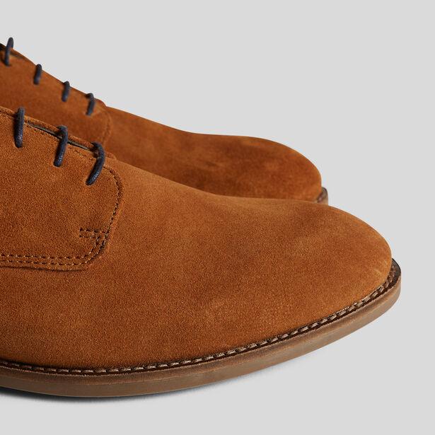 Chaussures en cuir suédé