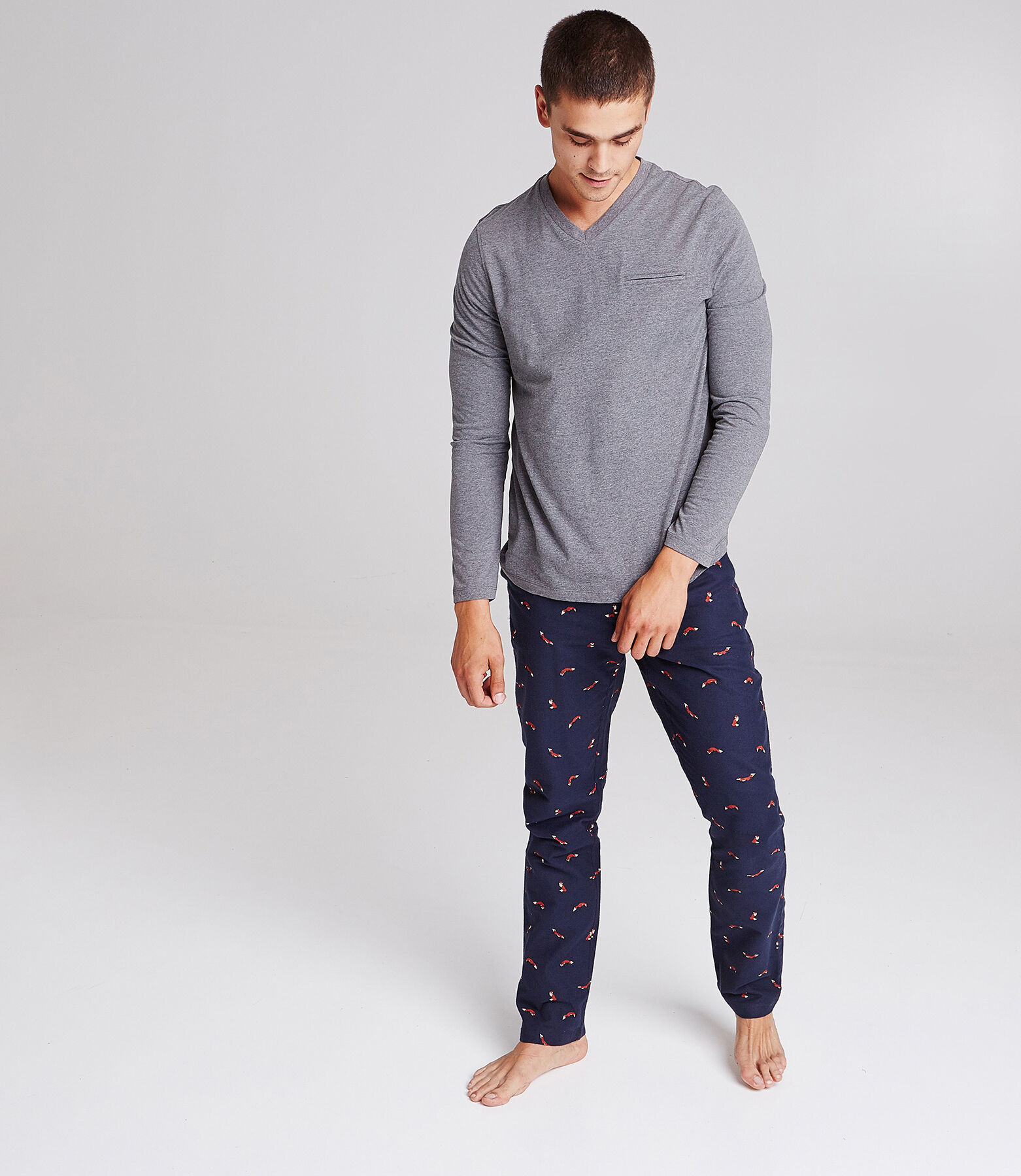 Tee shirt pyjama col V poche passepoilée