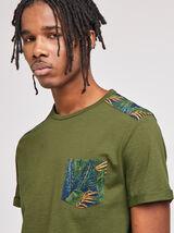 Tee-shirt imprimé en poche et épaules