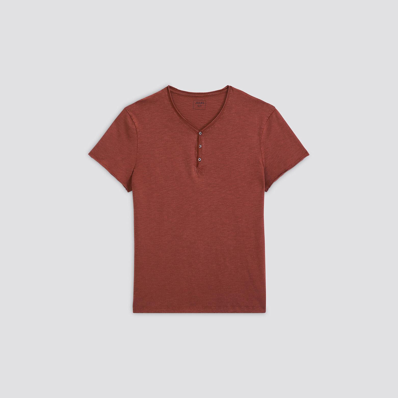 Tee-shirt col tunisien avec lavage et finitions à