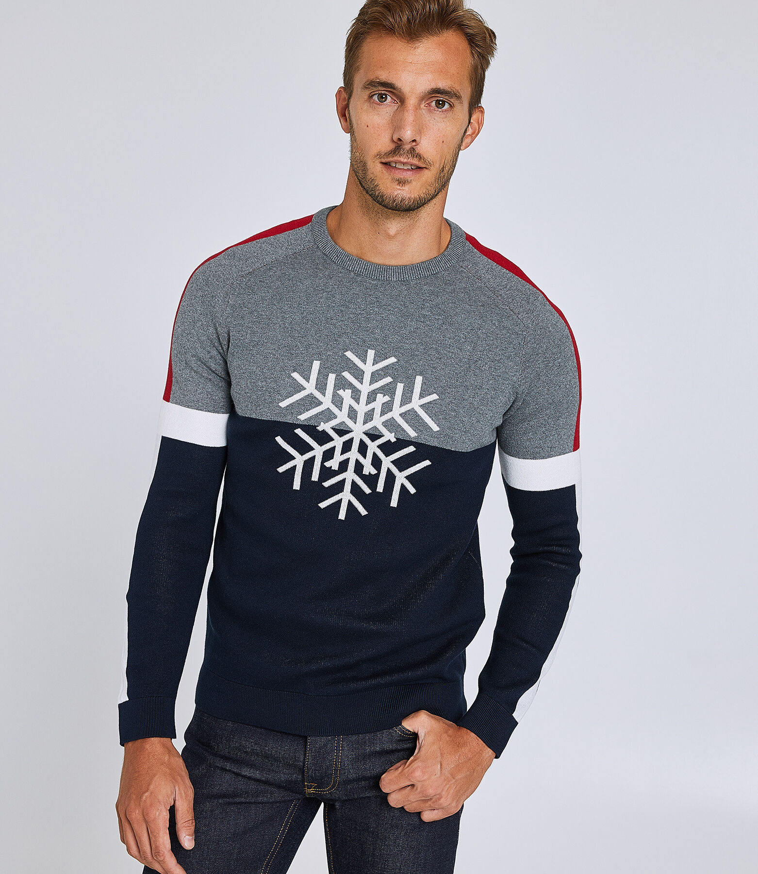 Pull col rond colorblock motif flocon de neige