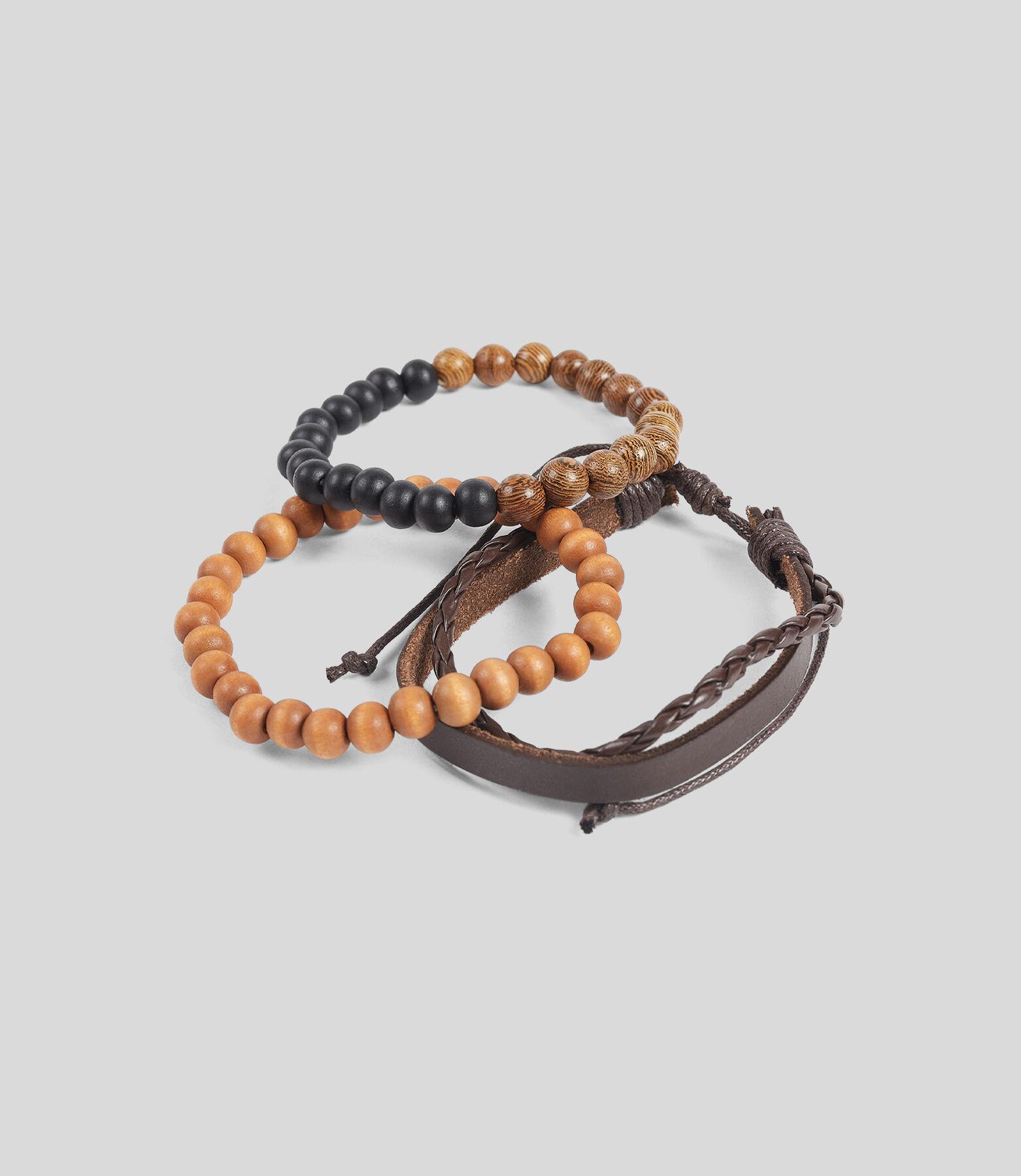 Bracelet multi-cordons et perles