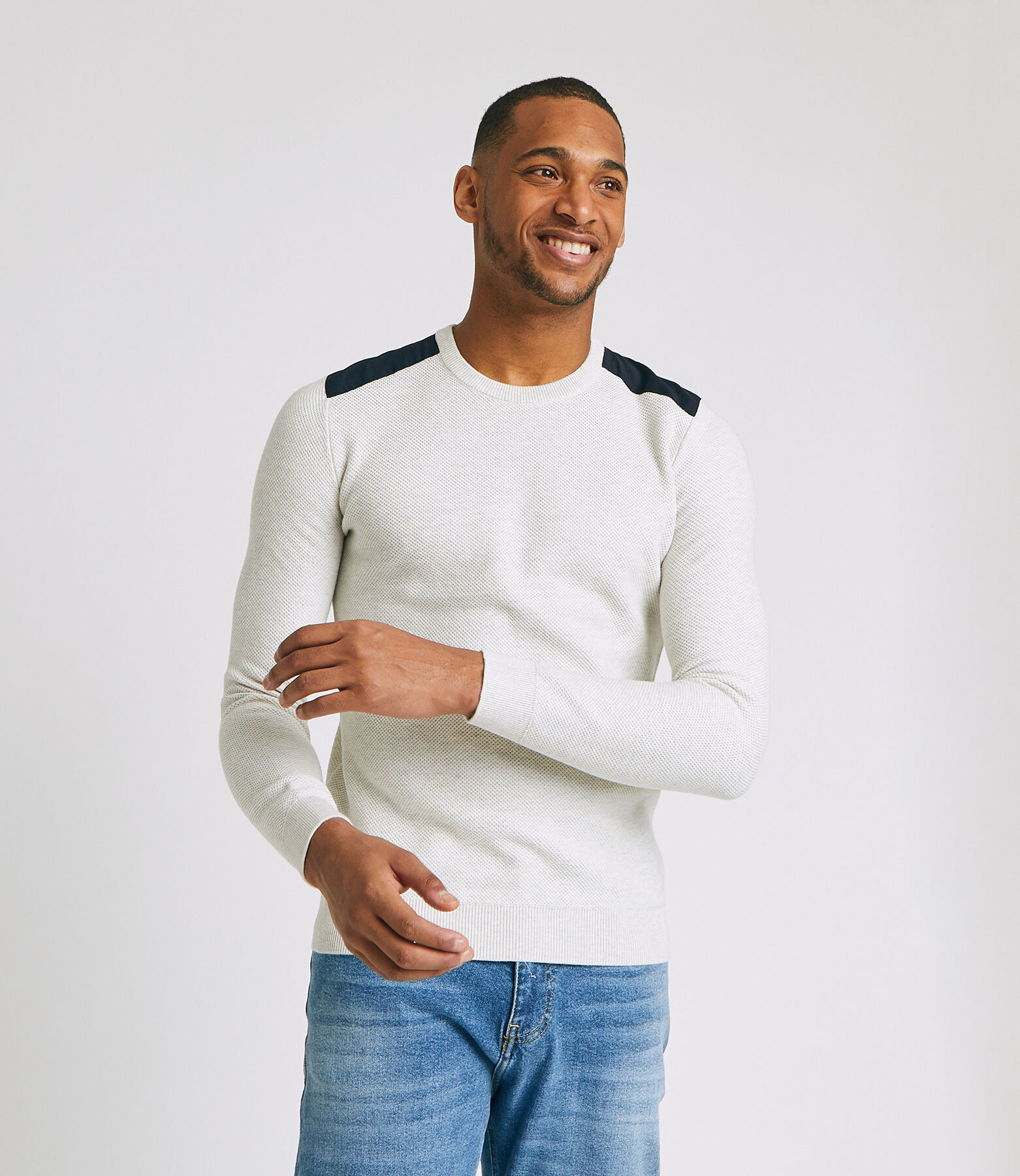 Pull coton col rond avec patch