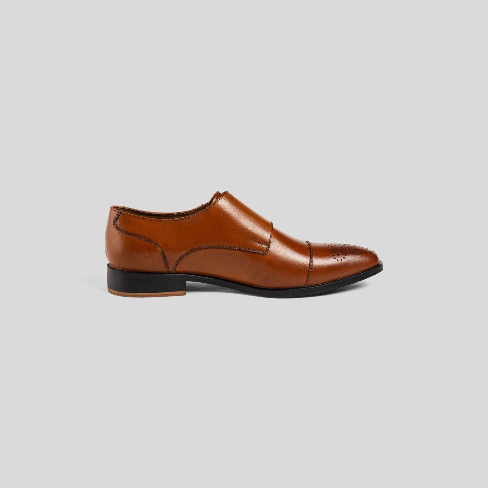 Chaussure en cuir à double boucles