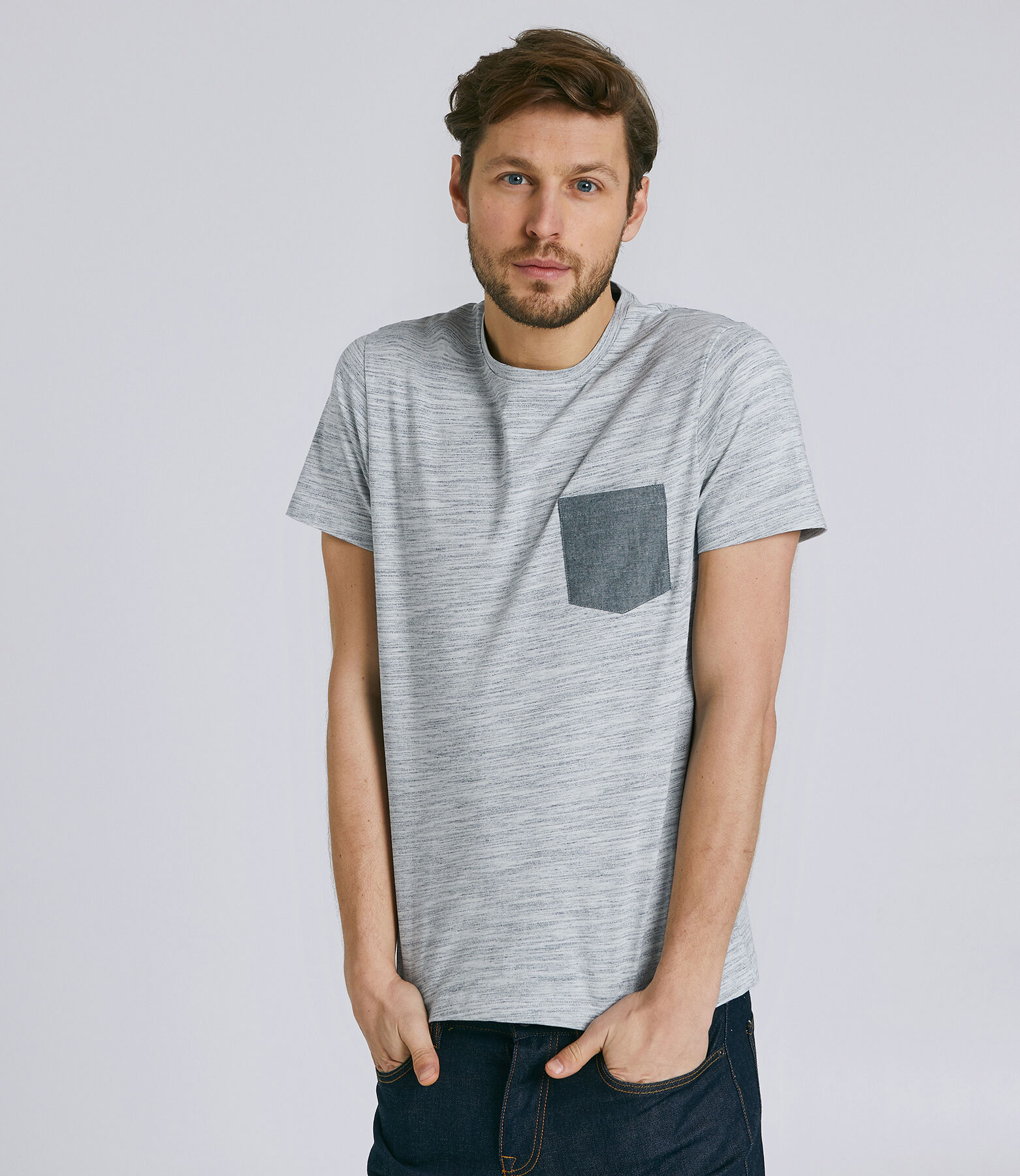 Tee-shirt manches courtes regular poche chambray