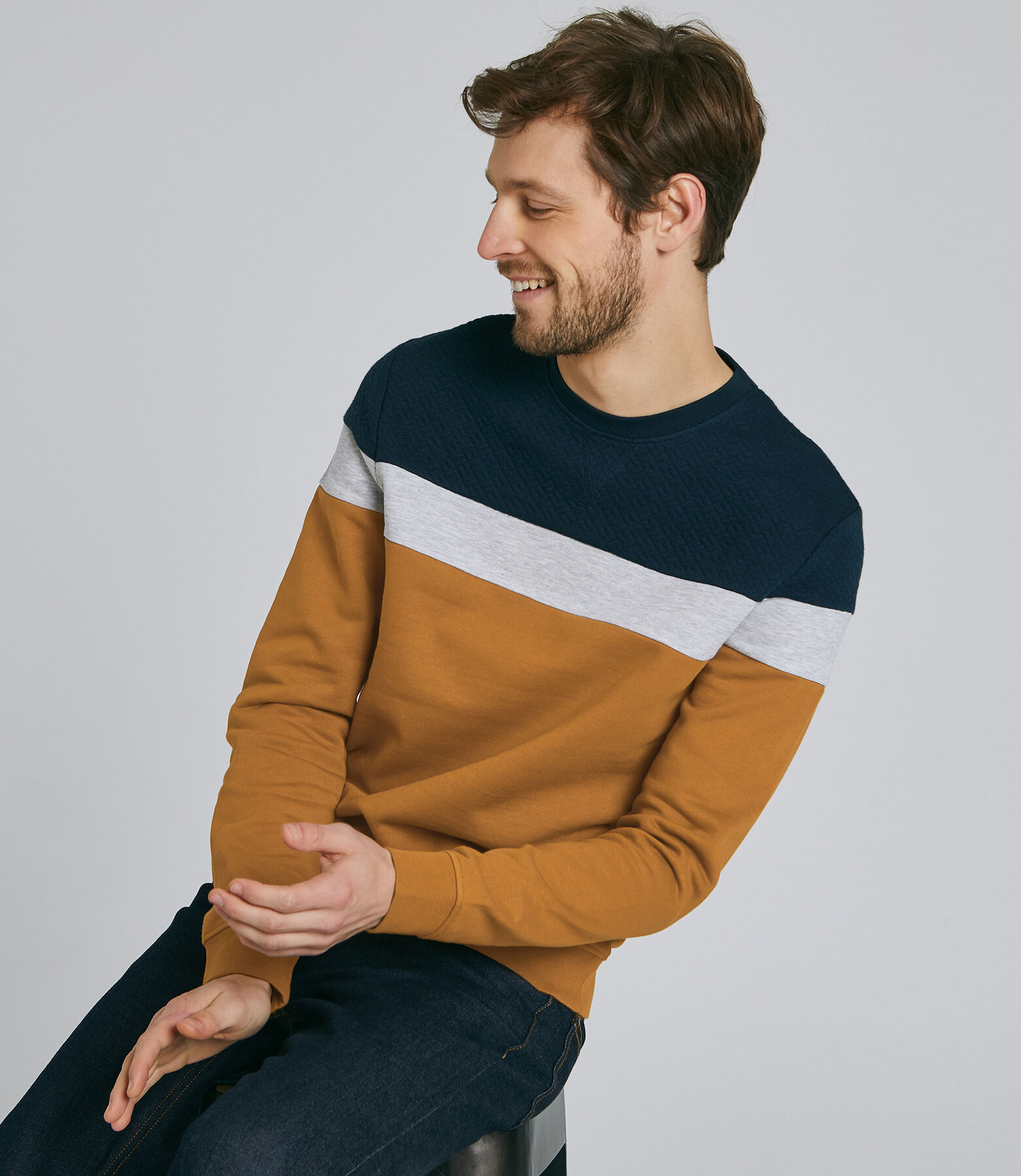 Colorblock sweater in fantasietricot
