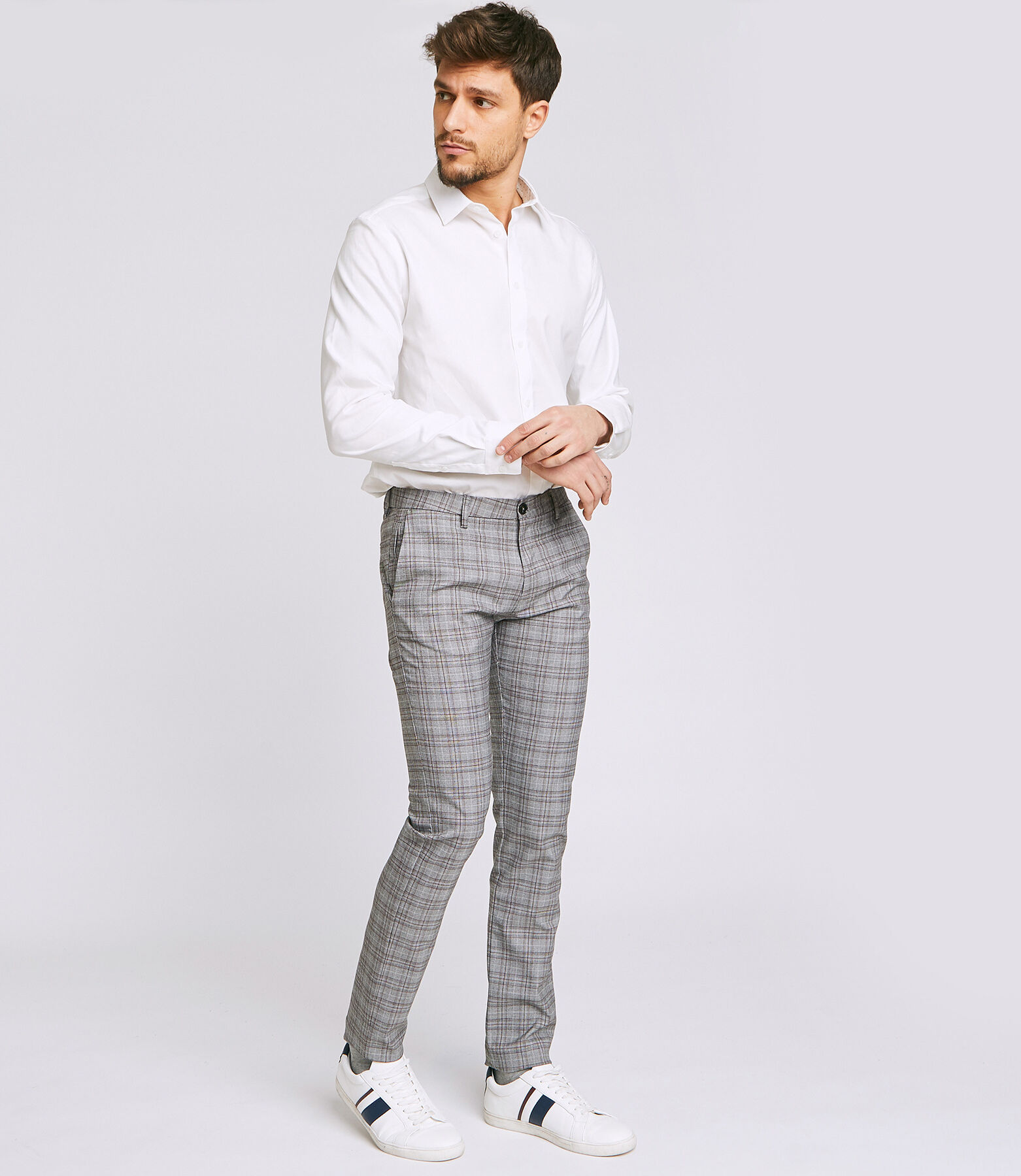 Pantalon chino slim à carreaux chiné