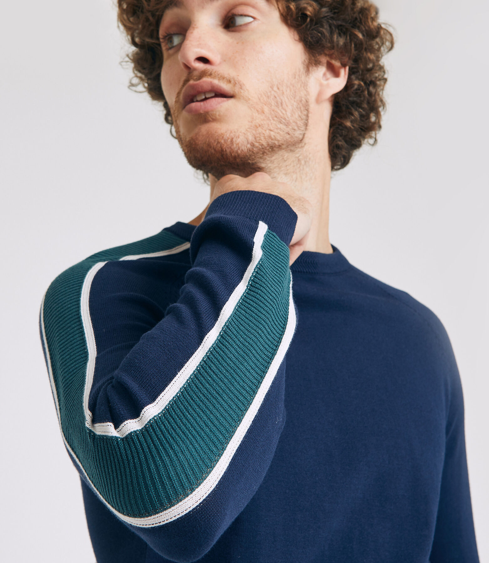 PULL COL ROND BANDES MANCHES