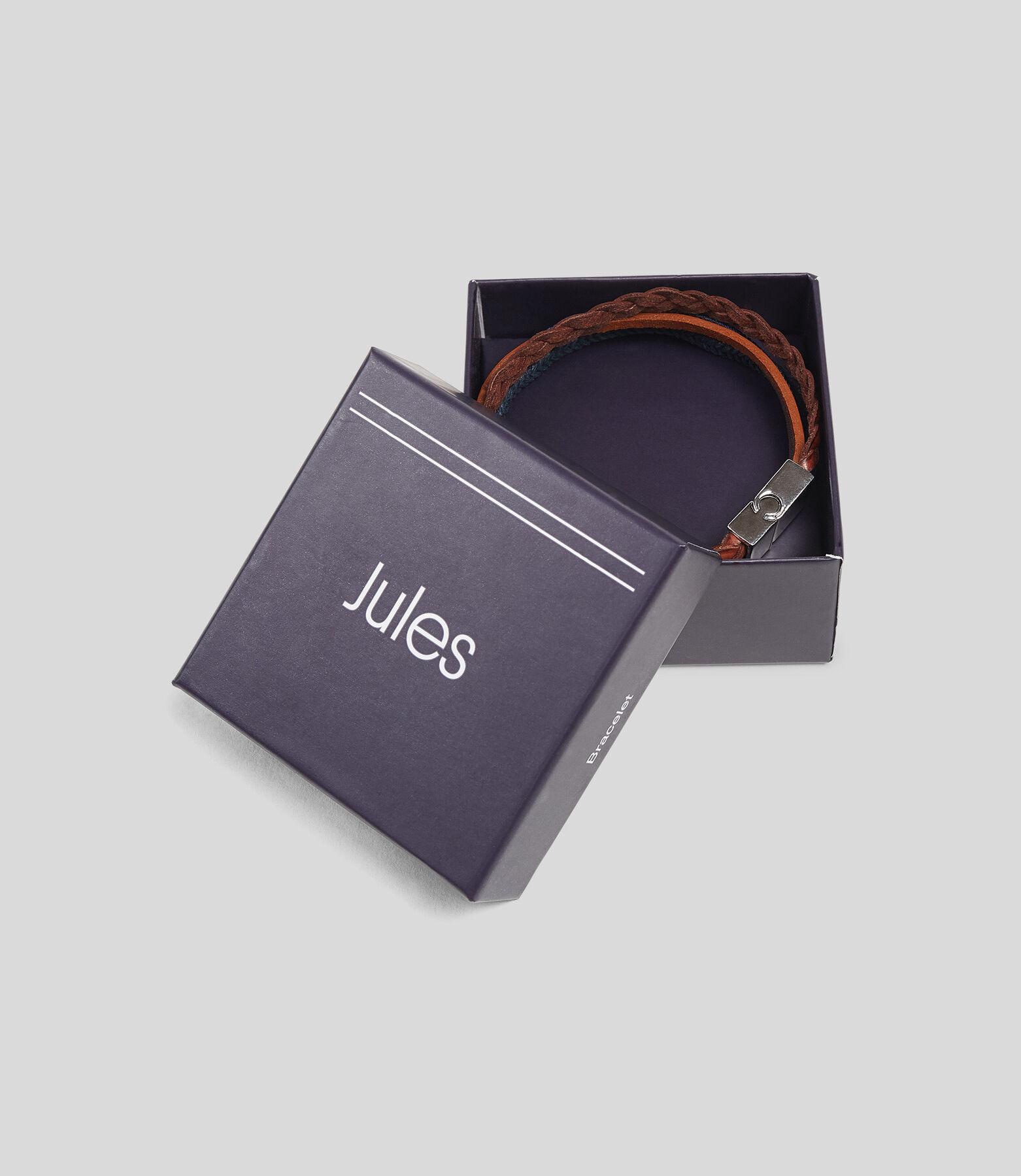 Bracelet en cuir multi-cordons