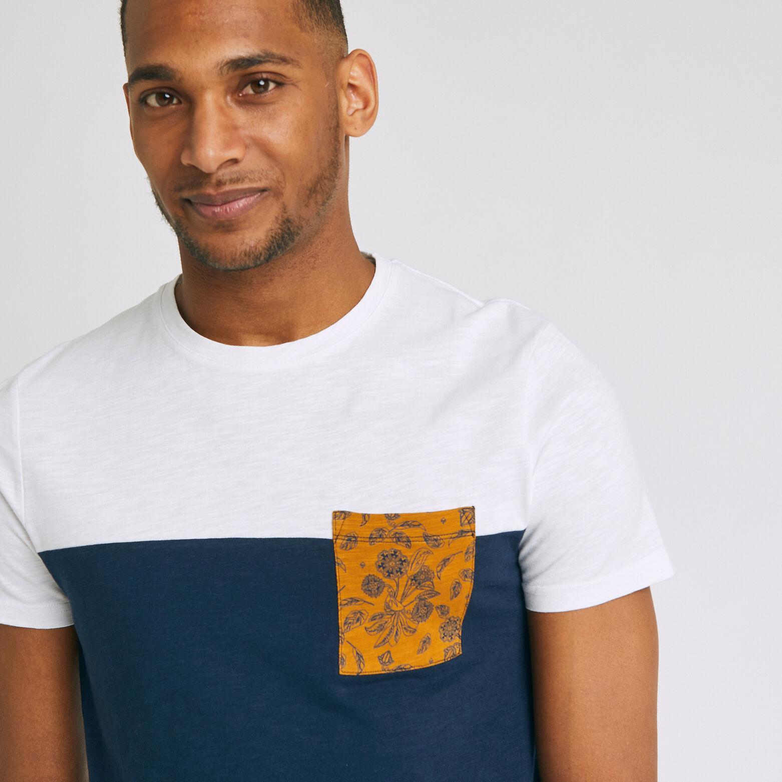 T-shirt colorblock et poche contrastée printée
