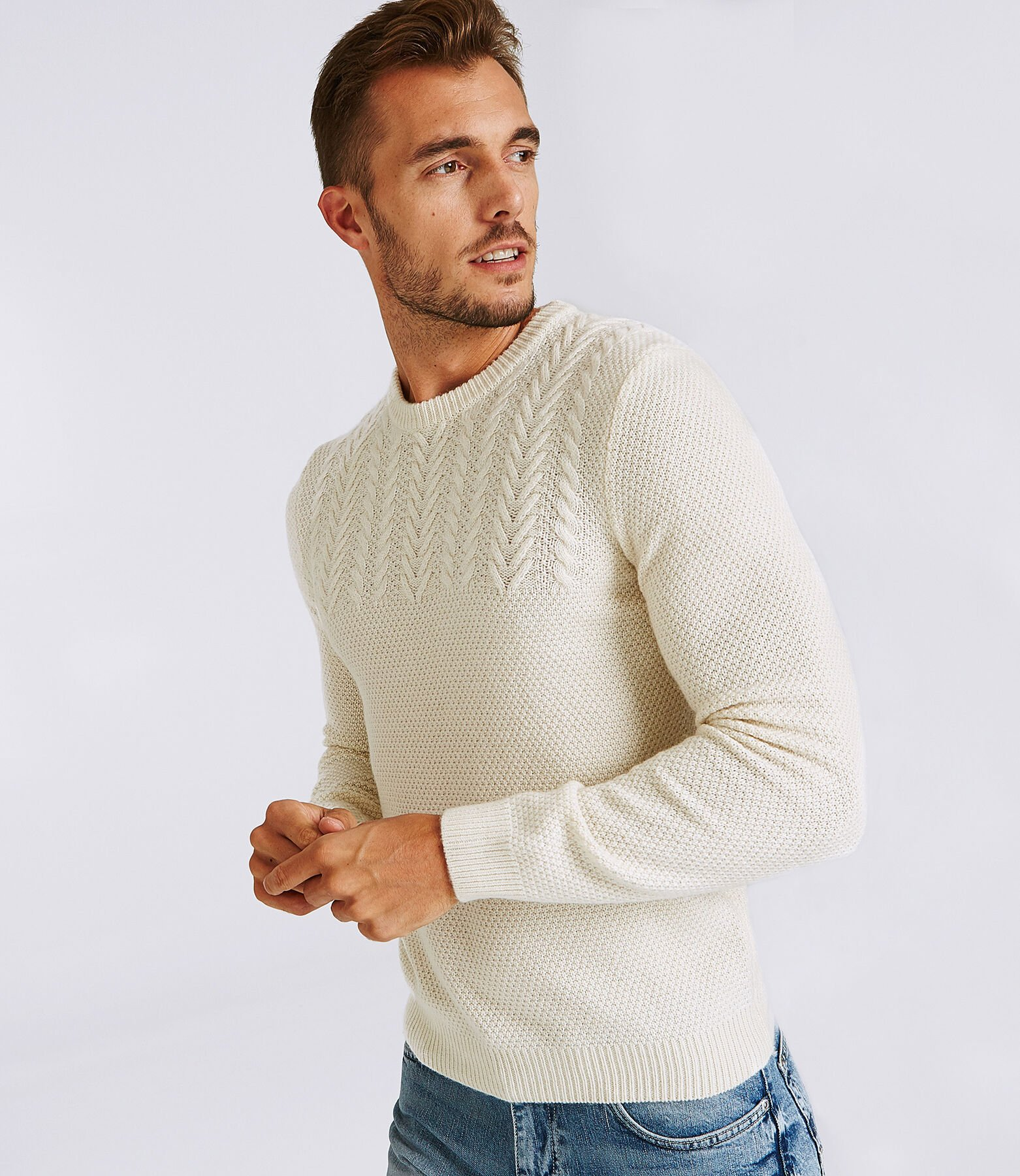 Pull col rond uni maille tricot torsades