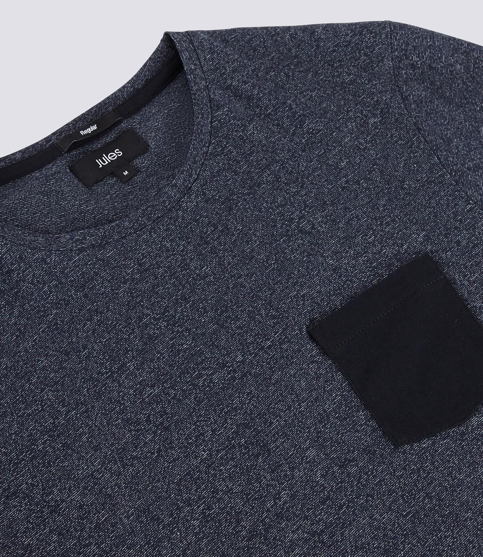 T-shirt matière fantaisie poche contrastée