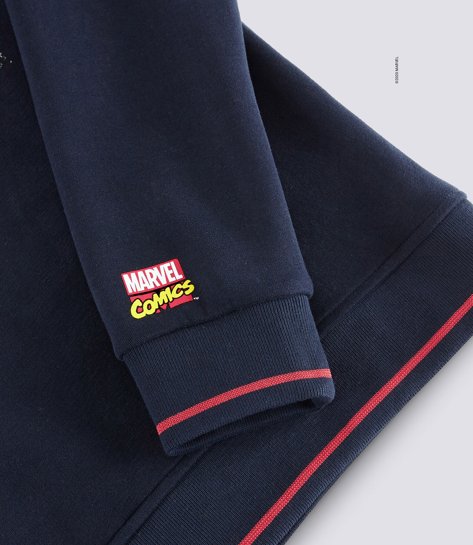 Sweat imprimé licence MARVEL BD