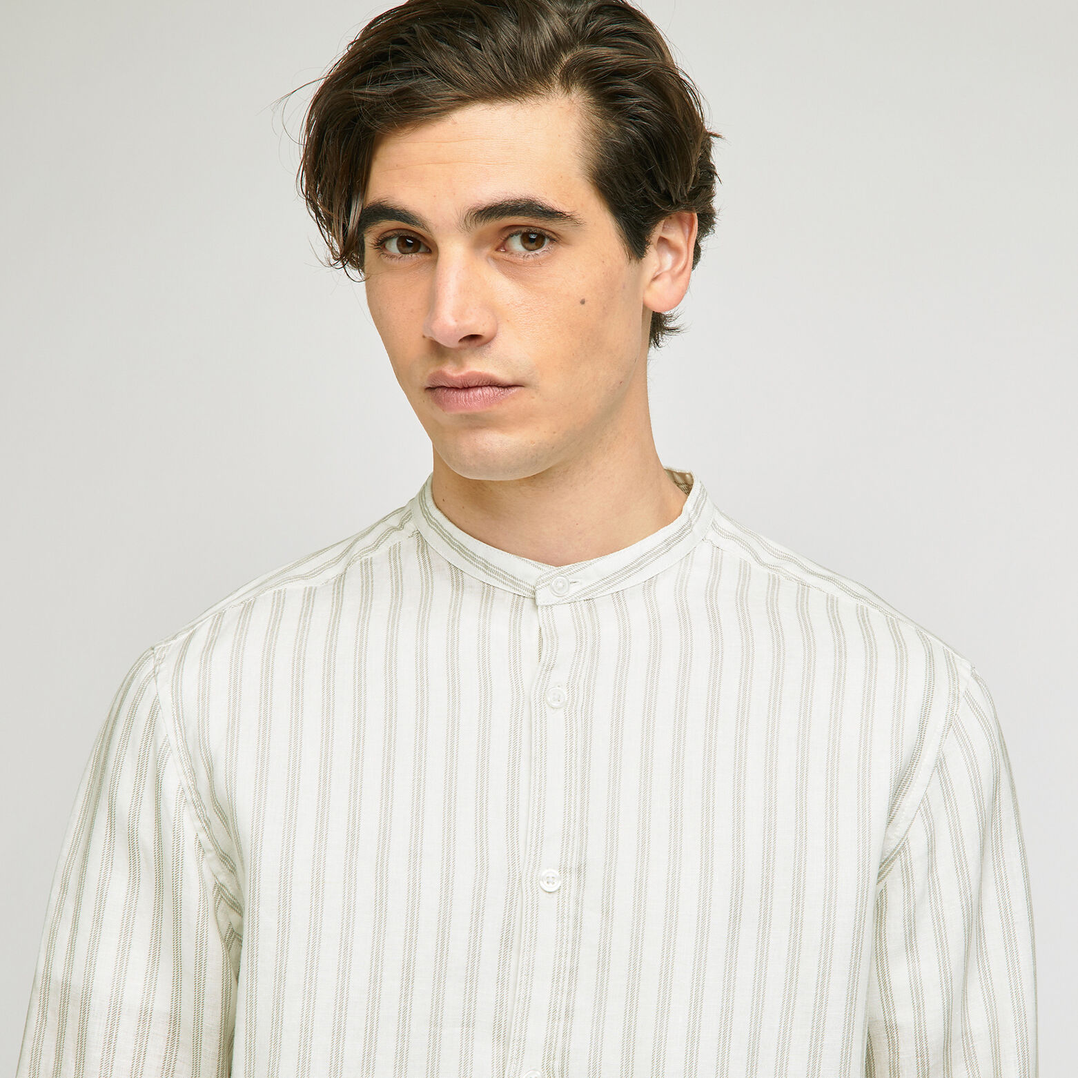 Chemise regular à rayures col mao lin