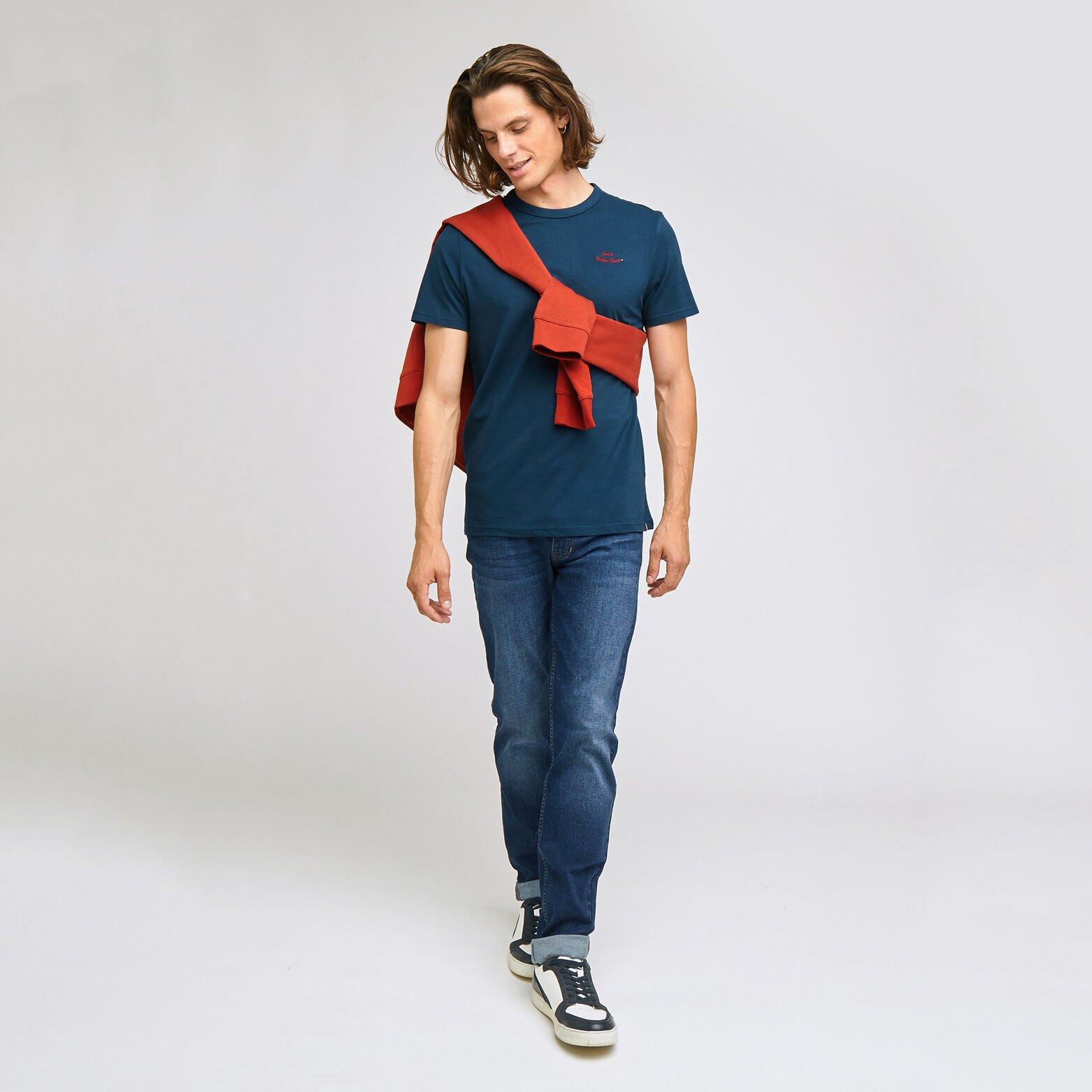 Tee-shirt broderie poitrine