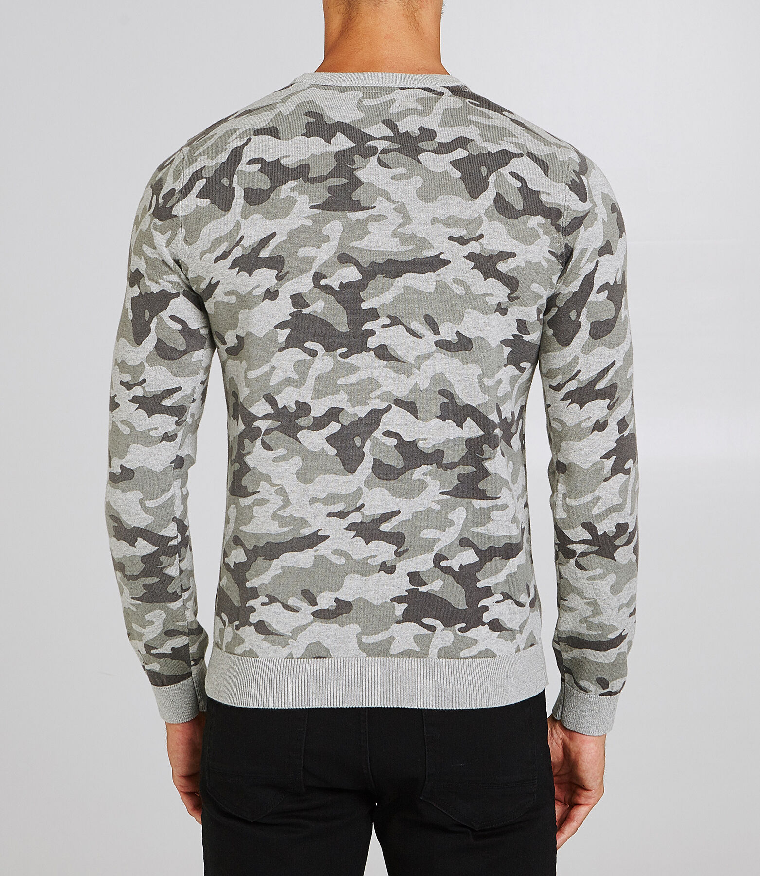 Pull col rond imprimé camouflage