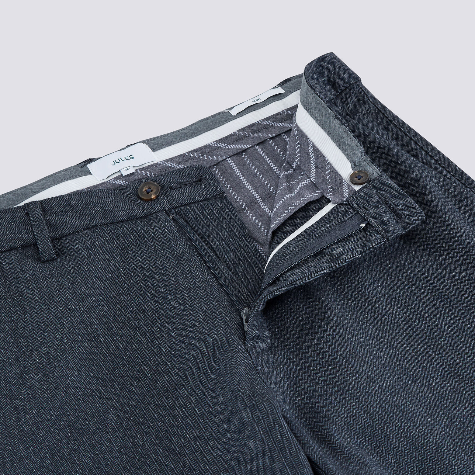 Pantalon chino slim chevrons gris