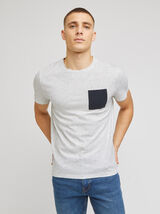 Tee-shirt matière reliefée