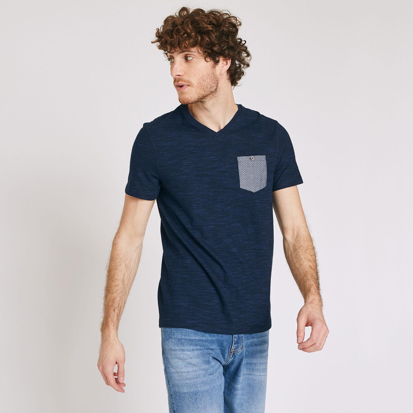 T-shirt col V poche contrastée