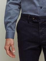 Pantalon chino droit avec revers fantaisie