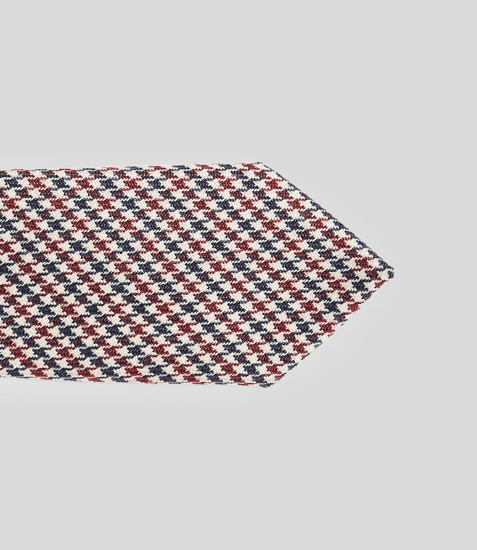 Cravate slim motif pied de puce