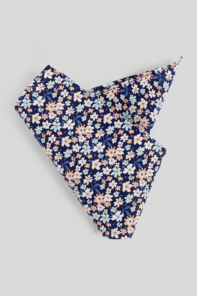 Pochette costume fleurie
